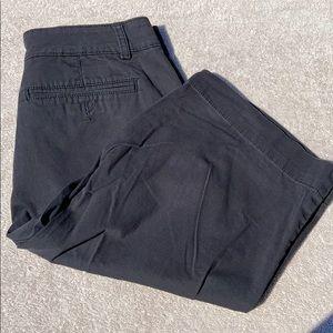 Bandolino Blu bermuda shorts sz 8 black